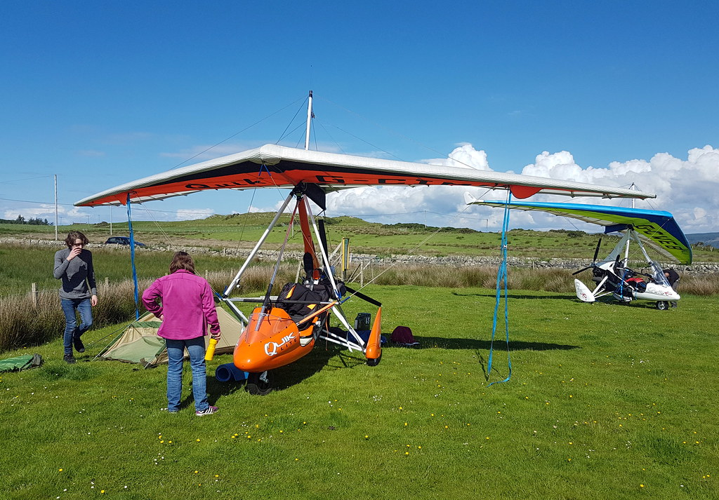 Isaac and Fraser tie down on Gigha