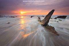THE DORSAL FIN (IV) (Obikani) Tags: barrika fin aleta dorsal roca mar sol brillo ola atardecer bizkaia landscape seascape