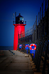 South Haven Pier light (wdterp) Tags: lighthouse pierlight lakemichigan southhaven michigan south pier blackriver