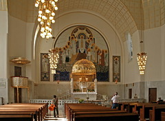 In der Kirche am Steinhof (Wolfgang Bazer) Tags: kirche am steinhof ottowagnerkirche otto wagner jugendstil art nouveau wien vienna österreich austria