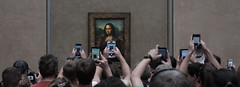 Superstar (dr.rol) Tags: paris monalisa louvre painting museum superstar cellphone photo