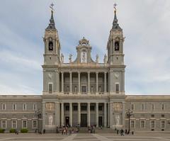 Catedral de La Almudena (Explore Jun-7-2017) (José M. Arboleda) Tags: arquitectura catedral almudena madird españa canon eos 5d markiv ef24105mmf4lisusm jose arboleda josémarboleda