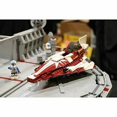LEGO Star Wars Clone Base Landing Pad (PeachBricks) Tags: lego star wars starwarsclonewars starwars build moc creation landing pad jedi base starfighter ahsoka brickworld chicago 2017