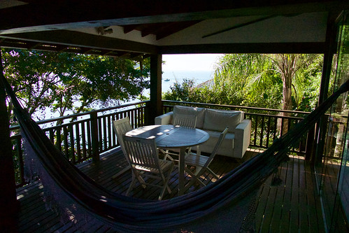 brazil-paraty-casa-cairucu-outside-living-area-copyright-pura-aventura-thomas-power