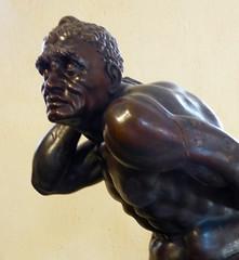 bustes (6) (canecrabe) Tags: nation moscovite tartare jeaniiisobieski pierrevaneau sculpture vienne victoire ottomans esclave monument trophée lepuyenvelay hauteloire cathédrale trésor