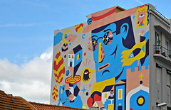 Lisboa 2017 - Graffito na Rua Damasceno Monteiro (Markus Lüske) Tags: portugal lisbon lisboa lissabon graffiti graffito wandmalerei mural muralha kunst art arte street streetart urban urbanart strase lueske lüske