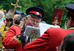 Whit Friday Morning 9 Jun 17 -43 (clowesey) Tags: whit friday brass bands diggle uppermill saddleworth whitfriday diggleband digglebband brassband