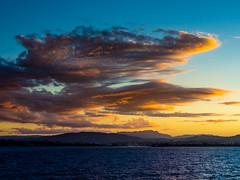Sun setting on Tasmania (Kleinewurstsemmel) Tags: tasmania sunset devonport coast