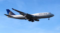 2017-060130A (bubbahop) Tags: 2017 europetrip34 london england uk unitedkingdom greatbritain heathrow airport airplane lhr unitedairlines boeing747