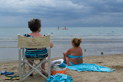 _DSC4576 (frangher) Tags: sea beach spiaggia mare riccione persone people blu blue nikon d3100 afsdxnikkor35mmf18g