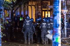 G20 Hamburg: Schanzenviertel #20 (dustin.hackert) Tags: g20 hamburg krawalle nog20 polizei roteflora sek schanze schanzenviertel schulterblatt schwarzerblock tränengas vandalismus wasserwerfer