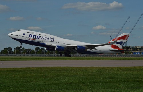 BA289 Pulls away from 27 right