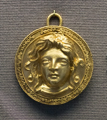 IMG_1518 (jaglazier) Tags: 200bc150bc 2017 2ndcenturybc 7417 adults aegis apotropaic archaeologicalmuseums britishmuseum copyright2017jamesaglazier england filigree gravegoods grecoroman greek heads hellenistic jewelry july london museums portraits religion rituals urbanism women archaeology art burialgoods cities crafts funerary gold goldworking medusa metalworking pendants reliefs repousse spiral westminster