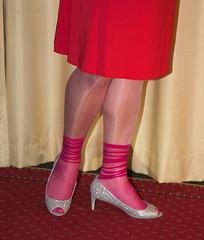 IMG_3687.jpg (pantyhosestrumpfhose) Tags: pantyhose strumpfhose nylony tights collant collants nylonfeet nylonlegs pantyhosefeet pantyhoselegs shoe schuhe feet legs beine toe strümpfe