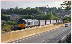 STOBART RAIL & GULL (OLD GIT WITH A CAMERA) Tags: class 66 stobart rail chepstow river wye 66421 wentloog freightliners daventry drs tesco 6421444u1858wentloogfreightlinersdaventrydrstescopassinggatcombelasteveningclass66stobartrailpeopleinphotoaddpeopleadditionalinfoviewingprivacypublicallowcommentinganyflickrmemberallowtags less c02 direct services