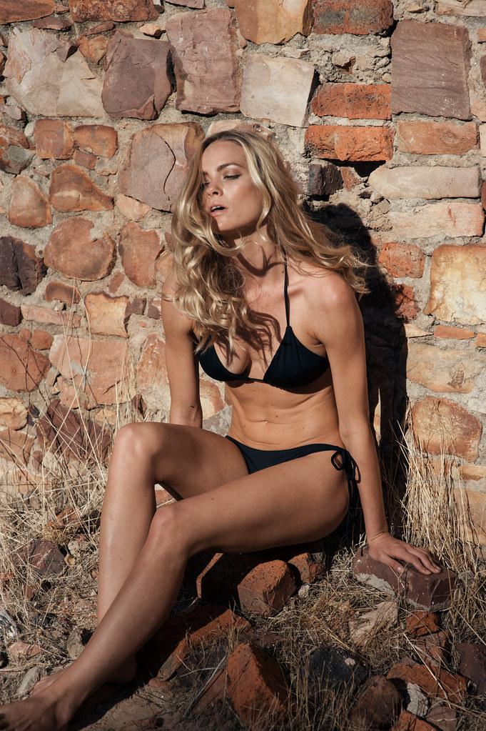 Laya Bikini 82