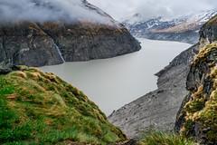 Lac des Dix (.christoph.G.) Tags: schweiz swiss lac des dix grande dixence dam concrete gravity val dhérémence valais tallest 285 meter 935 ft high europe hydroelectric power sa wallis canon fd 28mm ƒ28