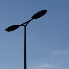 catchlight (Cosimo Matteini) Tags: cosimomatteini ep5 olympus pen m43 mft mzuiko60mmf28 london waterloobridge lamppost catchlight
