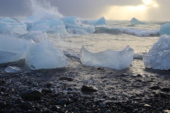 Diamond beach #2 (Nicolas Rénac) Tags: landscape seascape sunset iceland beach diamondbeach icebeach blacksand black volcanic arctic galets noirs ocean sea waves shore clouds light ice nature plage diamond iceberg jokulsarlon vatnajökull islande glacial river icebergs glace gletscher eis glaciar hielo blue bleu fairy geography sculpture austerskaftafellssysla dream imagination magic water náttúra ísland islandia islanti islândia islann islanda izlanda izland ijsland islando island ãsland galet pebble shingle rock noir