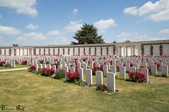 Tyne Cot Commonwealth War Graves Cemetery and Memorial to the Missing (Raf Debruyne) Tags: debruyneraf debruynerafphotography rafdebruyne canon canoneos5dmk3 canoneos5dmkiii canoneos5dmkill 5dmkiii 5dmarkiii 5d eos mk3 mark3 24105mmf4 24105mm canon24105mmf4 canonef24105mmf4lusm worldwar worldwari westhoek cemetery begraafplaats soldatenfriedhof tynecotcemetery tynecot flandersfield