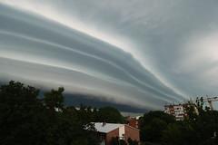Böenwalze im Anmarsch (Lilongwe2007) Tags: ahrensburg deutschland gewitter sturm unwetter böenwalze wolken himmel schleswig holstein