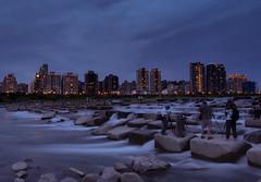 城市邊境 (linweichean) Tags: hsinchu taiwan 新竹 頭前溪 豆腐岩 夜景 nightscape city 城市 竹北 新竹縣 新竹市 河 river