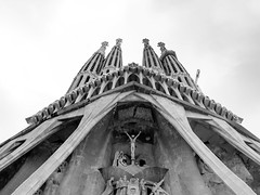 Sagrada Familia (bw conversion) (ep_jhu) Tags: x100f gaudi underconstruction crucifixion panorama fujifilm sagradafamiila exterior columns spain towers pano fuji blackandwhite monochrome construction barcelona españa bw catalunya es