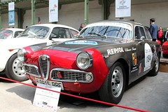 #184 Alfa Roméo Giulietta Sprint Veloce 1957 (seb !!!) Tags: 2017 coupé coach canon 1100d cars course sportive anciennes ancienne old oldtimers populaire paris seb france voiture wagen car tour auto optic 2000 grand palais photo picture foto image bild imagen imagem race racing competition classique classic klassic chrome automobile automovel automovil automobil italie italy italienne italian italia rouge red rosso rojo vermelho rot grise grigio gris grau gray cinza
