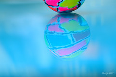 IMG_012161 - My colorful globe (Monique van Gompel) Tags: reflection crazytuesdaytheme 7dwf tamronsp90mmf28dimacro11vcusd tamronsp90mm tamron canoneos80d canon colorful colors imagination globe