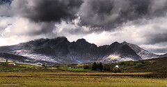 Closing in. (lawrencecornell25) Tags: landscape scenery scotland skye isleofskye mountains blaven blabheinn cloudy stormy nature outdoors nikond5