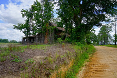 (farenough) Tags: abandoned georgia ga old rural rurex south wander explore decay history architecture house home cracker farm memory forgotten photography field country
