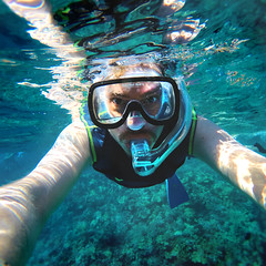 188 : 365 : VI (Randomographer) Tags: 365 project365 swim snorkle human man water under goggles ocean wet gopro go pro wideangle flipper self portrait selfie maui hawaii fun 188 vi people person