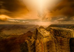 Sacrifice stone ... (max tuta noronha) Tags: outdoor landscape landscapesdreams grandcanyon stones sun light yellow amarillo nuvens clouds rain bolt sunshine panorama vertorama dreamorama viajando amarelo amonetto