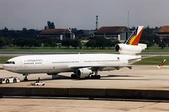 N275WA, MacDonnell Douglas MD 11, Philippine Airlines (World Airways).  Bangkok Don Muang,  1996 (freekblokzijl) Tags: philippines md11 bangkok 1996 aviation history planespotting minolta trijet macdonnell douglas philippine donmuang airport predigital