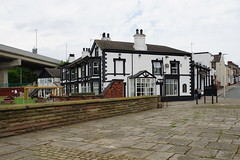 Mersey Hotel, Widnes (Bill Boaden) Tags: cheshire mersey widnes warrington pub