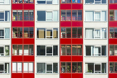 Red and white building (Jan van der Wolf) Tags: map17243v red rood redandwhite white wit windows ramen facade building gebouw gevel flat apartmentbuilding leiden houses huizen architecture architectuur
