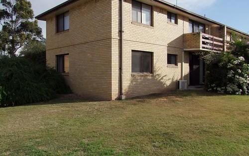 2/23 Mitchell Avenue, Singleton NSW 2330