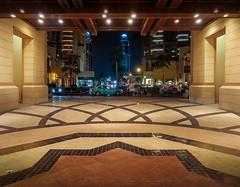 The Pearl-Qatar (Paco CT) Tags: building car coche construccion construction edificio inside interior nightshot nocturna transporte indoor transportation doha qatar qa pacoct 2017