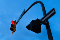2017 365 arlophotochallenge 169-365 (Arlo Bates) Tags: jazzfest2017 exchangedistrict 365photochallenge x100f 365photoproject manitoba fujifilm red bluesky kingst blue 2017 june 2017365photoproject trafficlight canada winnipeg fujifilmx100f 2017365arlophotochallenge nighttime ca