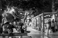 Where is the home? 家在何處? (Iamjustafish) Tags: fujiflim 50mm f11 voigtlander nokton classic street night light taipei taiwan people portrait bokeh 富士 福倫達 街拍 人像 人 夜拍 散景 台北 台灣 廟