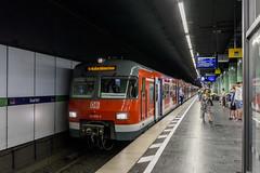 ET420 476 im Bhf. Isartor (Maleypicture) Tags: et420 sbahn münchen munich train s2 baureihe 420
