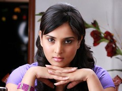 Indian Actress Ramya Hot Sexy Images Set-2  (4)