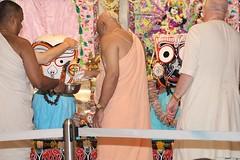 Snana Yatra 2017 - ISKCON-London Radha-Krishna Temple, Soho Street - 04/06/2017 - IMG_2375 (DavidC Photography 2) Tags: 10 soho street london w1d 3dl iskconlondon radhakrishna radha krishna temple hare harekrishna krsna mandir england uk iskcon internationalsocietyforkrishnaconsciousness international society for consciousness snana yatra abhishek bathe deity deities srisri sri lord jagannath baladeva subhadra 4 4th june summer 2017