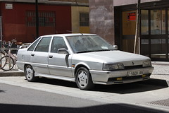 1992 Renault 21 [L48] Turbo (coopey) Tags: 1992 renault 21 l48 turbo