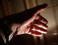 Venhan mais cinco (Franco D´Albao) Tags: francodalbao dalbao lumix mano hand dedos fingers estudio study luz light