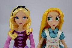 Designer Alice and Adventure Rapunzel With Swapped Dresses - Portrait Front View (drj1828) Tags: us disneystore doll purchase posable 10inch 2d deboxed designer heroesandvillains aliceinwonderland alice rapunzel disneyfairytaledesignercollection 2016 2017 swappedoutfits tangledtheseries adventure