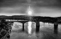 Sunset in B&W (Roland 22) Tags: mood atmosphere boats flickr reflection bw sunset tennesseeriver marketstreetbridge chattanoogatennessee