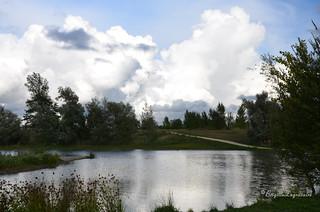 Ciel orageux sur le lac.
