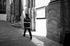 Pulizija (gato-gato-gato) Tags: europa europe fp4 februar ferien gozo ilford ilfordfp4 leica leicam6 leicasummiluxm35mmf14 m6 malta messsucher mittelmeer strasse street streetphotographer streetphotography streettogs süden urlaub valletta wetzlar black classic flickr gatogatogato manual mediterranian rangefinder streetphoto streetpic white wwwgatogatogatoch leicasummilux35mmf14asph aspherical summilux 35mm ilbeltvalletta mt leicamp mp gatogatogatoch manualfocus manuellerfokus manualmode analog film filmisnotdead believeinfilm schwarz weiss bw blanco negro monochrom monochrome blanc noir strase onthestreets mensch person human pedestrian fussgänger fusgänger passant