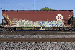 Perl Wyse (Psychedelic Wardad) Tags: freight graffiti wge a2m weedheads wh dts dirty30 d30 wyse ftk hk dck sws circlet perl